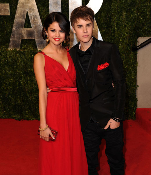 selena gomez and justin bieber 2011 awards. Selena Gomez has cast her